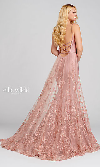 Long Mermaid-Style Prom Dress with a Lace Train