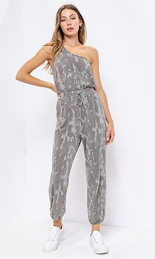 One Shoulder Casual Camo Jumpsuit