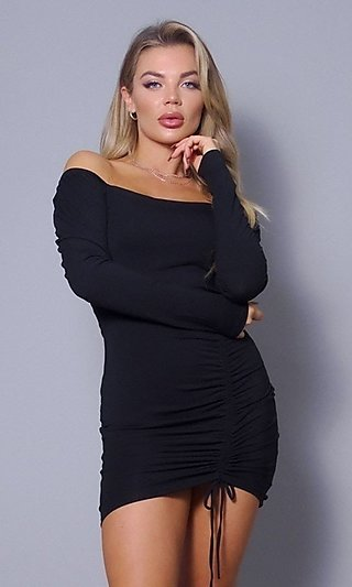 Long Sleeve Square-Neck Bodycon Cocktail Dress