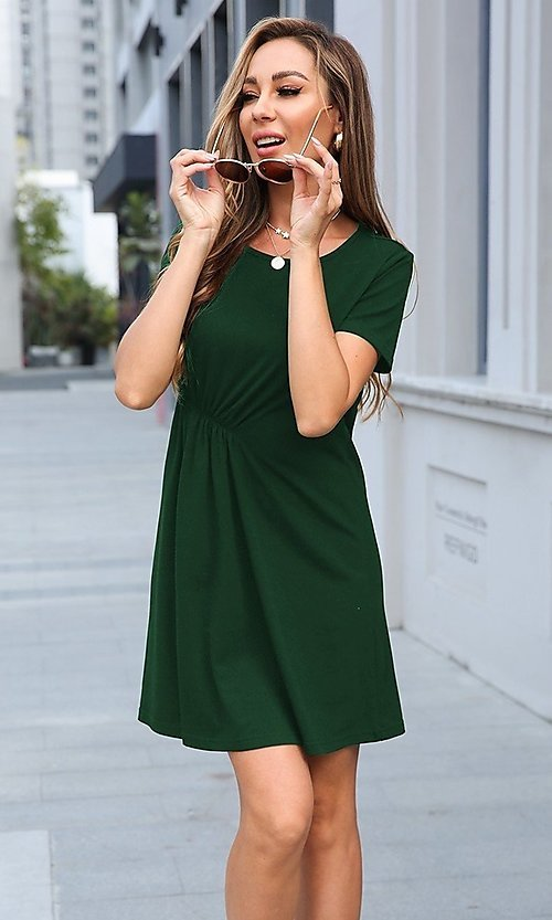 Image of short simple short sleeve casual dress. Style: LAS-MVT-21-XHAM2273A Front Image