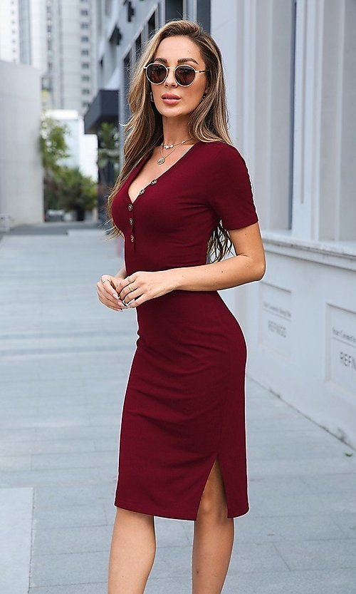 Image of knee-length short sleeve casual work dress. Style: LAS-MVT-21-XHAM2275A Front Image