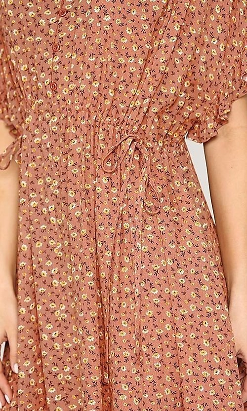 Image of short sleeve print casual dress with pockets. Style: LAS-GIG-21-TC1738 Detail Image 6