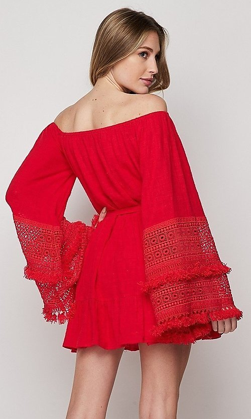 Image of short casual cotton dress with long bell sleeves. Style: LAS-BIG-21-PD3484 Back Image