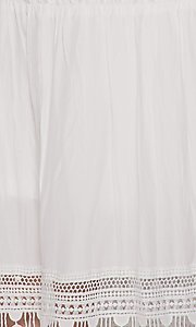 Image of casual lace-trim popover summer maxi party dress. Style: LAS-BIG-21-HD1108-PD4075 Detail Image 3