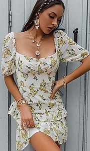 Image of floral print short puff-sleeve white summer dress. Style: LAS-ESL-21-50198DXY Detail Image 2