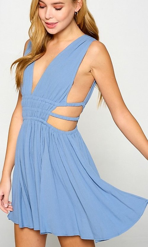 Image of cut-out short low v-neck casual summer dress. Style: LAS-LOV-21-MD1286 Detail Image 3