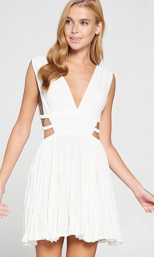 Image of cut-out short low v-neck casual summer dress. Style: LAS-LOV-21-MD1286 Front Image