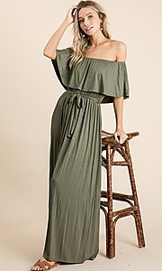 Image of off-the-shoulder popover casual maxi dress. Style: FG-OST-21-A67297-BX-CPR Detail Image 5