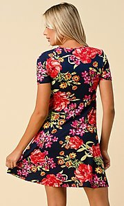 Image of short sleeve floral-print short casual party dress. Style: LAS-HAH-21-JD32907P Detail Image 4