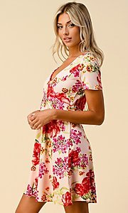 Image of short sleeve floral-print short casual party dress. Style: LAS-HAH-21-JD32907P Detail Image 1
