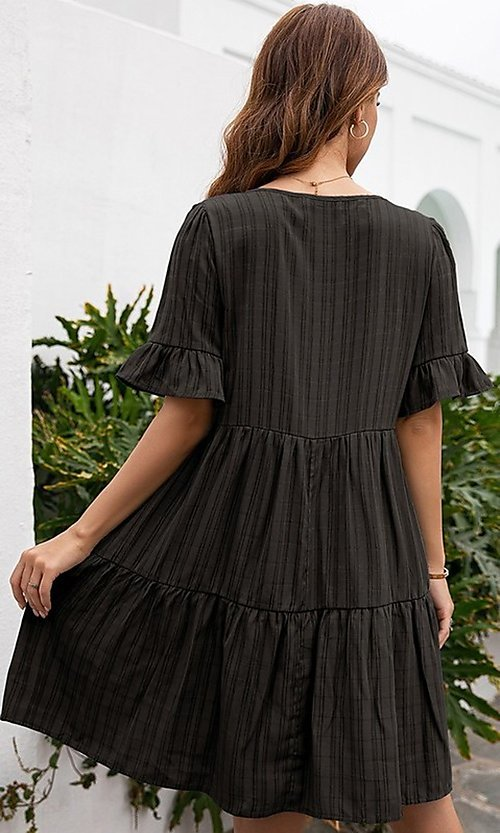 Image of short casual a-line half-sleeve summer dress. Style: FG-LIL-21-CWDSD0707 Detail Image 3