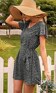 Image of short casual print summer dress with short sleeves. Style: FG-LIL-21-CWDSD0693 Detail Image 5