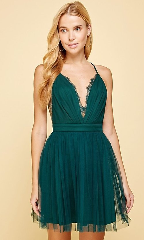 Image of emerald green short homecoming dance dress. Style: FG-MAN-21-MM2850 Front Image
