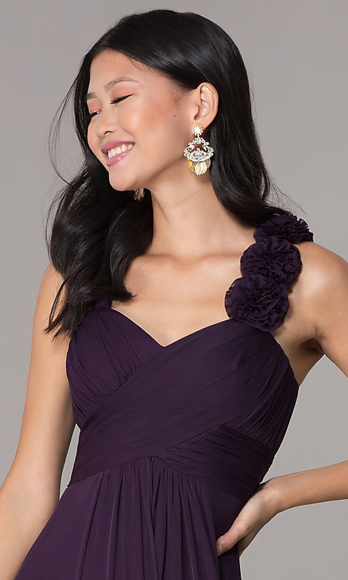 Image of sleeveless full-length formal sweetheart dress. Style: DQ-8115 Detail Image 1