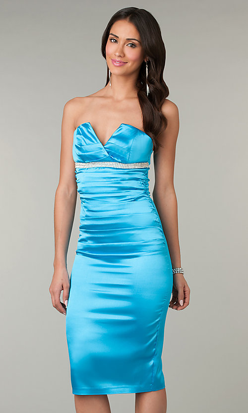 Short Prom Dress Style: AT-8048 Front Image