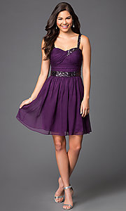 Style: DQ-8381 Detail Image 1
